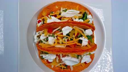 queijo cremoso : Mexican Tacos with Meat, Vegetables and Salsa 4K