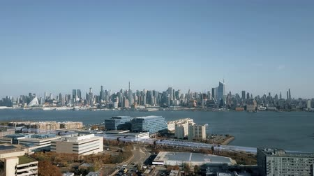 kolej : Hyperloop High Speed Train Manhattan Skyline 4K