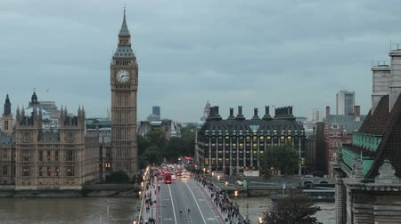 tourist silhouette : big ben day into night Stock Footage