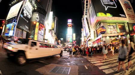 taxi : Fish eye Times Square timelapse