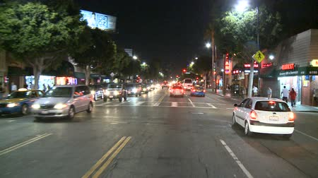 showbiz : Hollywood city night drive