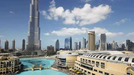 built structure : the burj khalifa dubai a futuristic modern design structure the burj khalif Stock Footage