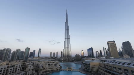 khalifa : the burj khalifa dubai a futuristic modern design structure the burj khalif Stock Footage
