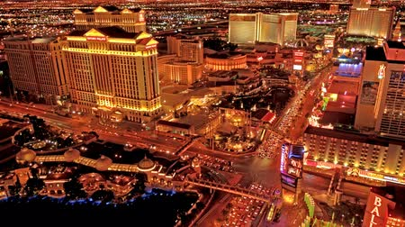 bellagio : Time lapse golden night scape of Las Vegas
