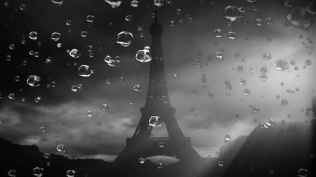 paříž : Beautiful RainDrops super-slowmotion with the Eiffel Tower in the background.Black and White art design.