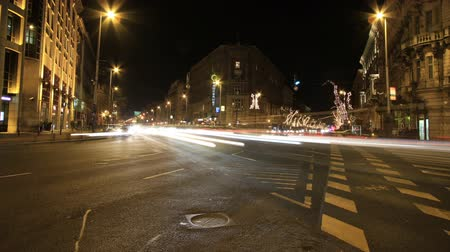 budapeste : European city at night timelapse.Wide-angle shot.