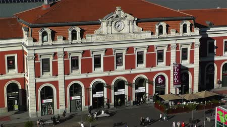 pio : Principe Pio Madrid Spain - Railway and Metro Station as well as an entertaining center.Shopping mall and cinemas