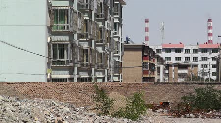 yıkım : Demolitioned Block Building Ruins Wrecks before Construction in China Stok Video