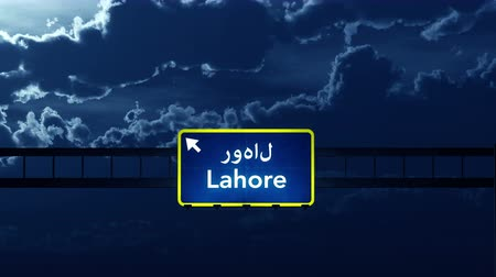 paquistão : 4K Passing under Lahore Pakistan Highway Road Sign at Night Photo Realistic 3D Animation with Matte 4K 4096x2304 ultra high definition