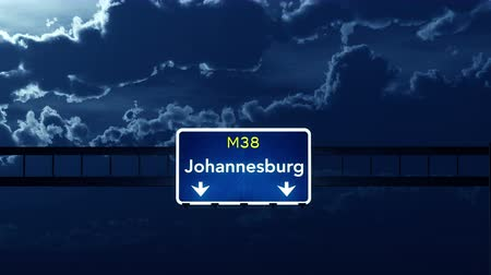 placa : 4K Passing under Johannesburg South Africa Highway Road Sign at Night Photo Realistic 3D Animation with Matte 4K 4096x2304 ultra high definition