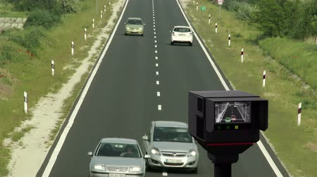 prędkość : 4K Traffic Vehicle Road Speed Control Recording Unit in Service 3D Render and Real Footage Composite