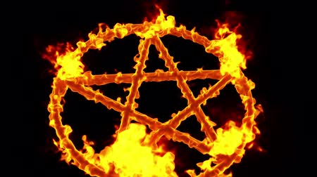 bálvány : 4K Pentagram on Fire Magic Symbol with Matte 3D Animation 6 Stock mozgókép