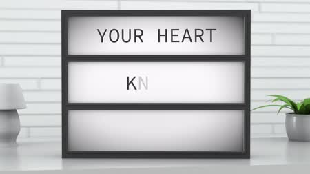 sabiduría : 4K Your Heart Knows The Way Lightbox en Bright Room Archivo de Video