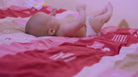 Happy baby on back Stok Video