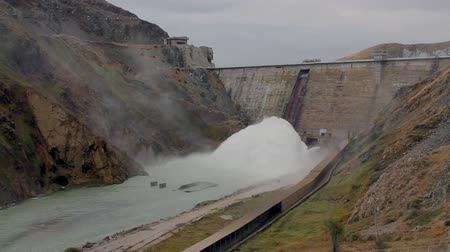 baraj : A dam with hydropower generators