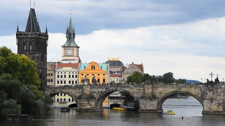블 타바 (vltava : High angle panoramic view of Prague old town and Charles Bridge over Vltava river sunny day