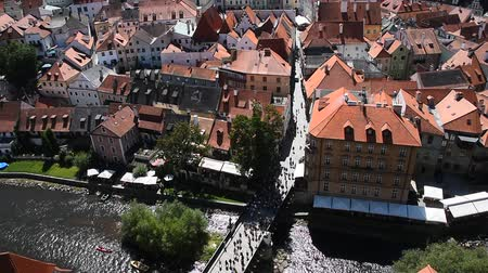 Богемия : High angle aerial summer day view historical old town of Cesky Krumlow Czech Republic
