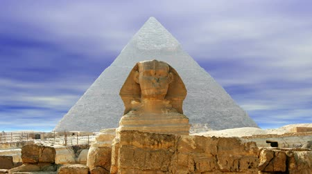 kahire : The Great Sphinx of Giza over sky (seamless loop)