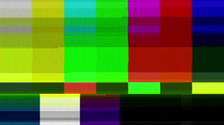 distorção : Color Bars Data Glitches (25fps). A looped set of color bars experiencing technical difficulties, being distorted with data glitches, dropped pixels, signal interference and other digital anomalies.
