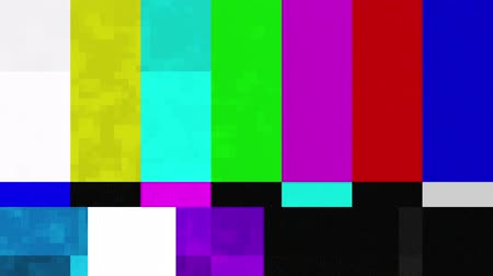 dosya : Color Bars Signal Interference (30fps). A looped set of color bars experiencing technical difficulties as it is being distorted with some signal interference and other digital anomalies. Stok Video