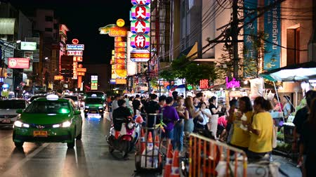 comerciante : Bangkok, Thailand - June 9, 2019 : View of China town in Bangkok