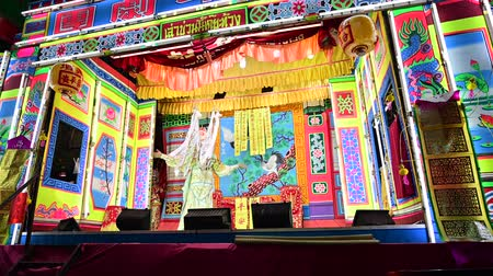 Bangkok, Thailand - September 29, 2019 : Traditional chinese opera with actor performing Vídeos