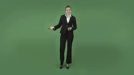 седые волосы : attractive caucasian business woman isolated on chroma green background