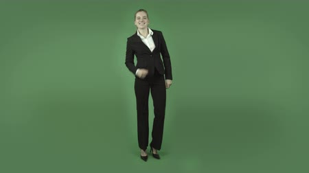 деловая женщина : attractive caucasian business woman isolated on chroma green background