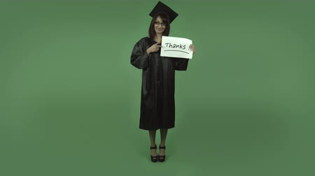 градация : adult student graduate isolated on greenscreen chroma green background
