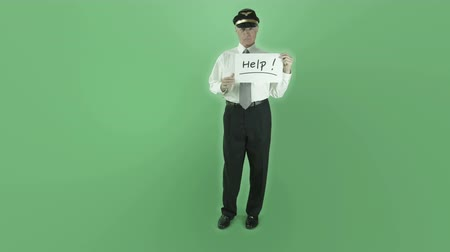 auxiliar : Senior caucasian man isolated on a green screen Stock Footage