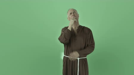 padre : Senior caucasian man isolated on a green screen Stock Footage