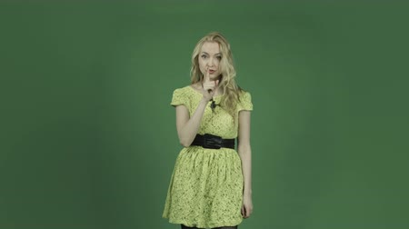 felnőtt : caucasian woman isolated on chroma green screen background
