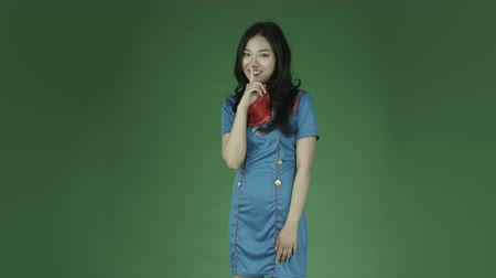 cisza : air hostess young asian adult woman isolated on green-screen background Wideo