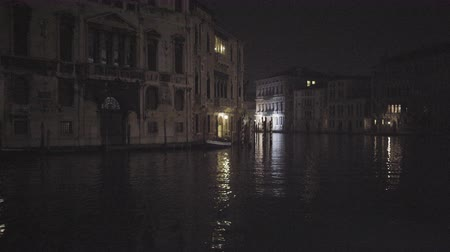 veneza : view of Venice Itlay in Winter, night