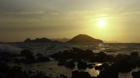 fenomen : Seaside town of Turgutreis and spectacular sunsets