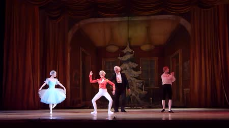 heykelcik : DNIPRO, UKRAINE - JANUARY 6, 2018: Nutcracker ballet performed by Dnipro Opera and Ballet Theater ballet.