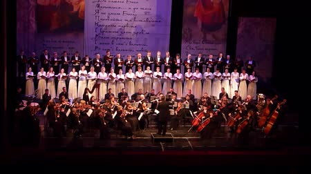 pěvec : DNIPRO, UKRAINE - MARCH 10, 2018: Caucasus - Cantata symphony for choir and symphony orchestra by S.Lyudkevych performed by members of the Dnipro Opera and Ballet Theater - conductor Nazar Yatskiv.