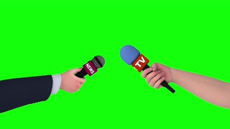 muhabir : Two hands with microphones on green screen, 3d animation. Stok Video