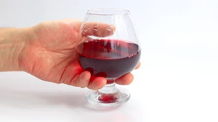 krystal : red wine in a glass