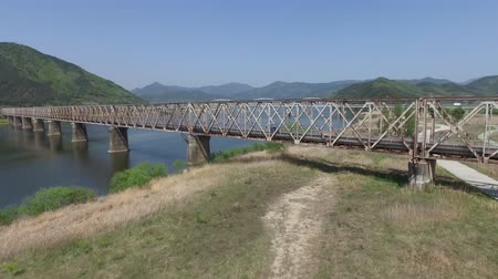 demiryolu : Various Bridges on Nakdong River between Samrangjin and Gimhae, South Korea, Asia when Apr-19-2018 Stok Video