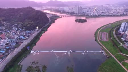 slagboom : Sunset of Miryang River, Gyeongnam, South Korea Asia Stockvideo