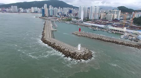 metropolitano : Typoon Coming Minrak Port, Gwangalli, Busan, South Korea, Asia Stock Footage