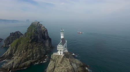 világítótorony : Aerial View of Oryukdo Lighthouse, Busan, South Korea, Asia