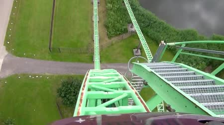 rolete : First part of the fastest rollercoaster in the Netherlands Vídeos
