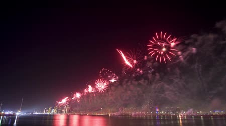 time laps : Time lapse from fireworks show on new years eve 01-01-2018 in the bay of Abu Dhabi in the United Arab Emirates. Stock Footage