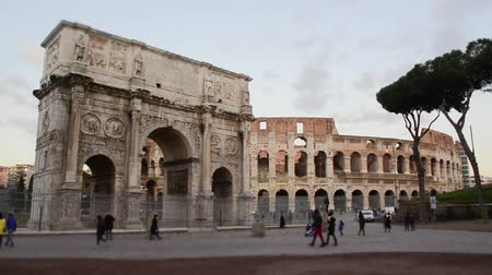 arch of constantine : Time Lapse Tilt Shift - Arch of Constantine and The Colosseum at the Roman Forum in Rome, Italy