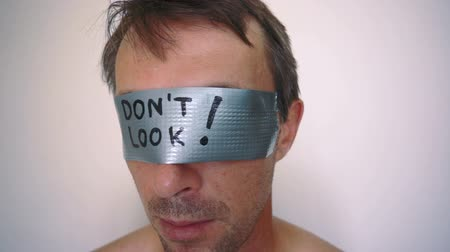 olhares : See No Evil Duct Tape