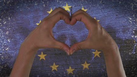 věrný : Hands Heart Symbol European Flag