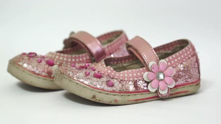 klapki : Little Girl Old Pink Princess Shoes Wideo