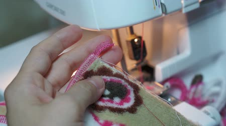naai : Naaien Aanscherping Serger Threads